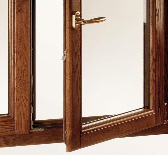 L 39 artigiano infissi finestre in pvc e legno alluminio for Costo infissi legno alluminio